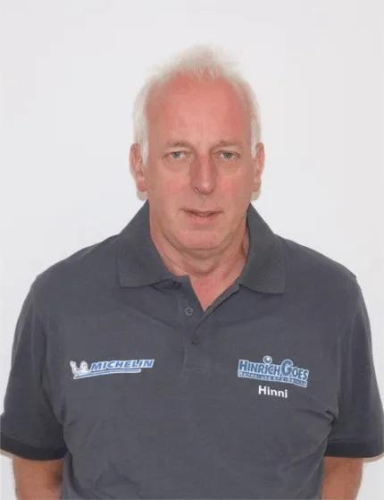 Hinrich Goes aus Aurich und Ostfriesland. Wir wechseln nicht nur Ihre Reifen sondern reparieren auch ihr komplettes Auto.